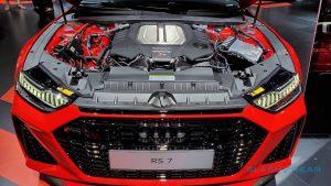2020-audi-rs7-engine